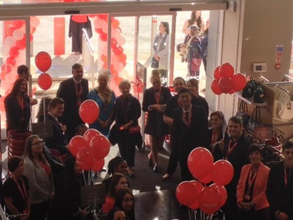 Basildon Mayor Mo Larkin and first shopper Maureen Goldsmith declare TK Maxx open