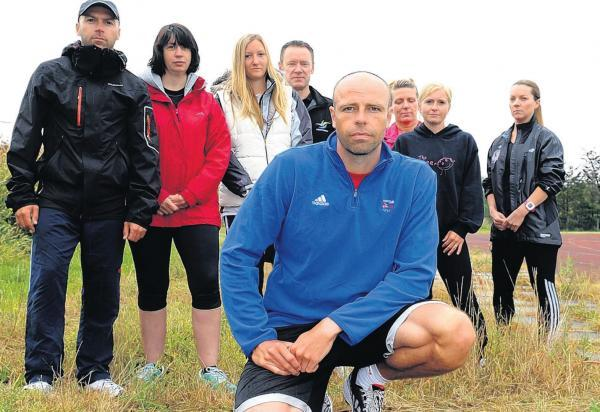 Support – Canvey's former Olympic decathlete Dean Macey, foreground, is backing a campaign by track users for major improvements