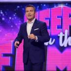 Echo: Bradley Walsh hosts new game show Keep It In The Family (ITV)