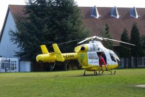 UPDATE: Man suffers suspected broken leg in Thundersley crash