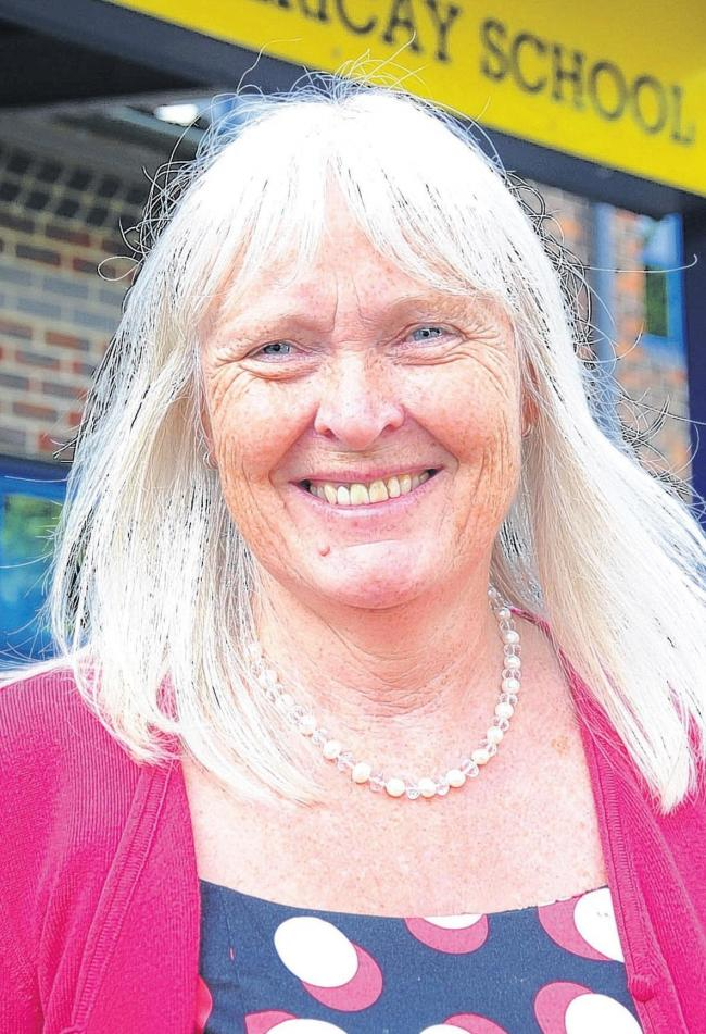 Long-serving Billericay headteacher to retire after 17 years at school