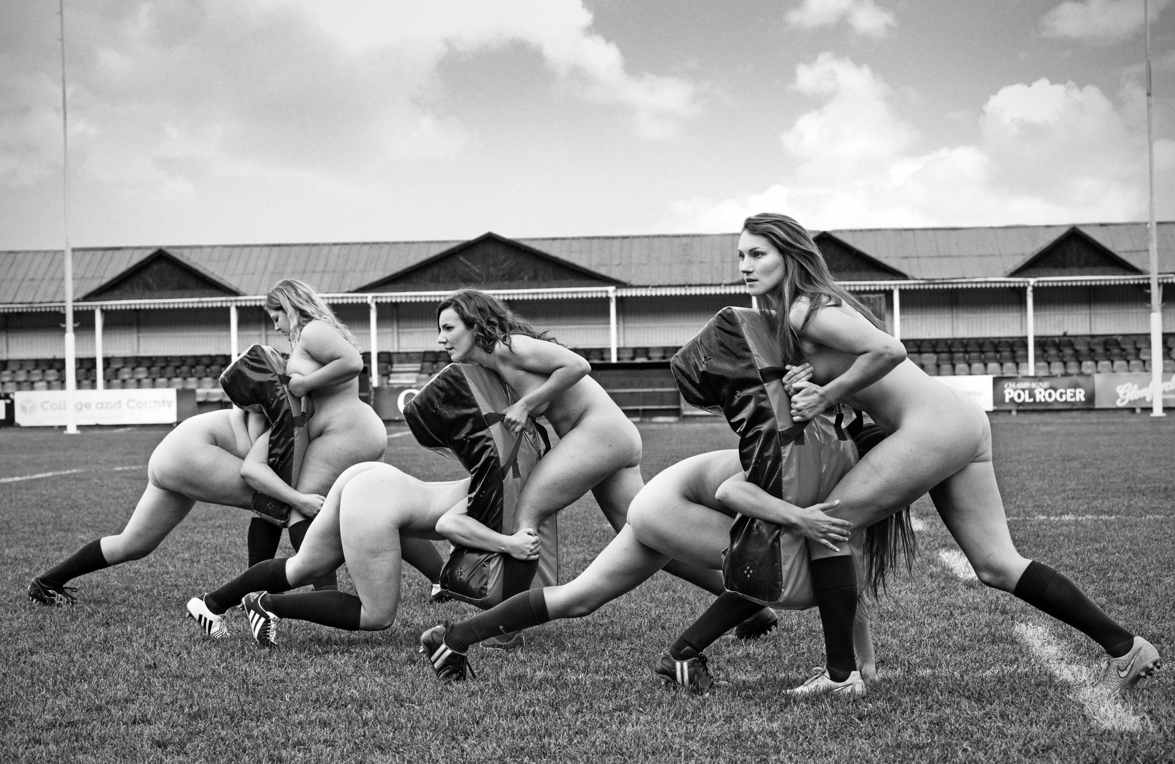 Спортивные девчонки разделись 25 фотография