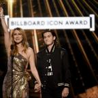 Echo: Here is the full list of winners from this year's Billboard Awards