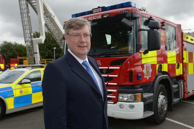 Police officers and firefighters set for £100 'Covid bonus'