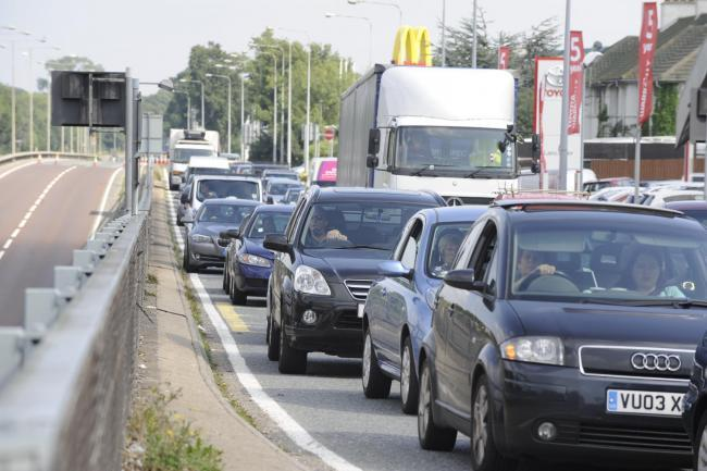 Slow traffic hits morning commuters