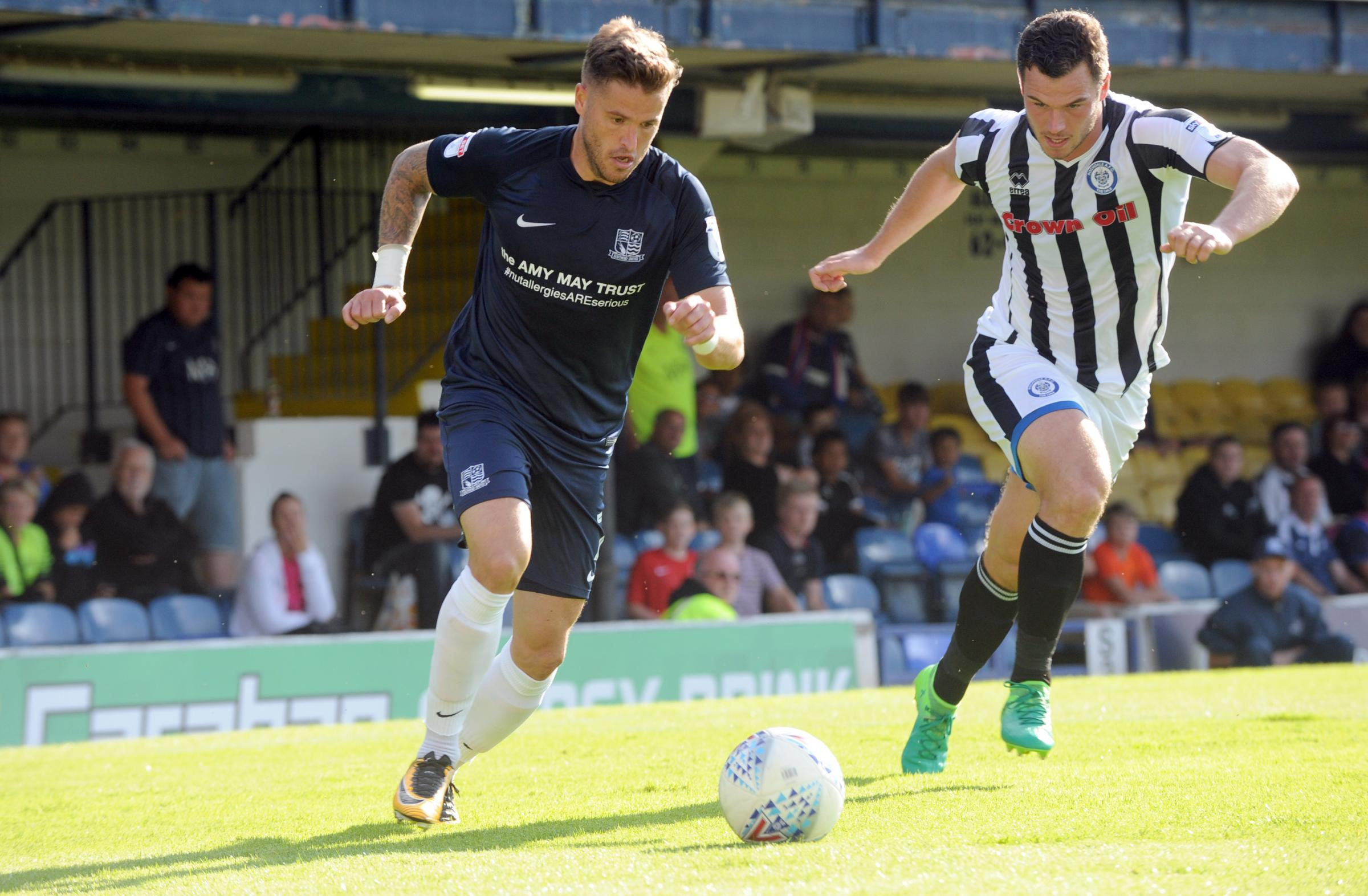 Southend United star Michael Kightly ready to make return ahead of ...