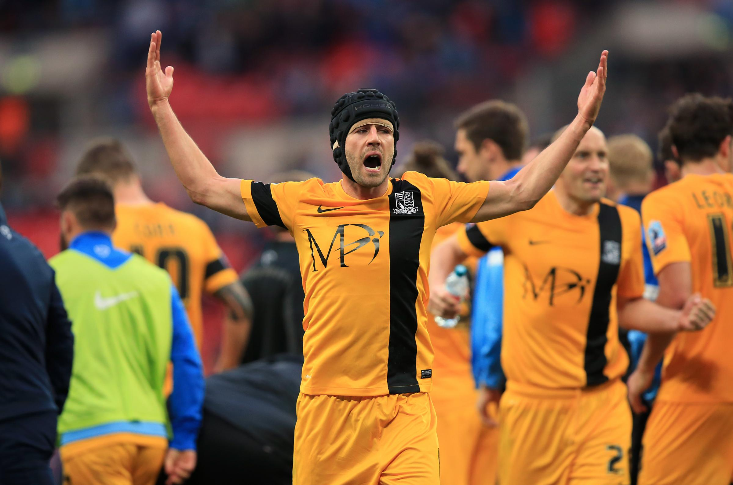 Set for his 250th appearance -Southend United midfielder Michael Timlin