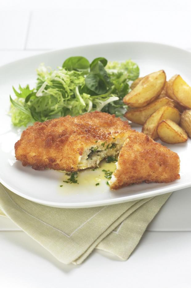 Echo: A Generic Photo of chicken kiev with potatoes and salad. See PA Feature NOSTALGIA Dinner Parties. Picture credit should read: PA Photo/thinkstockphotos. WARNING: This picture must only be used to accompany PA Feature NOSTALGIA Dinner Parties.