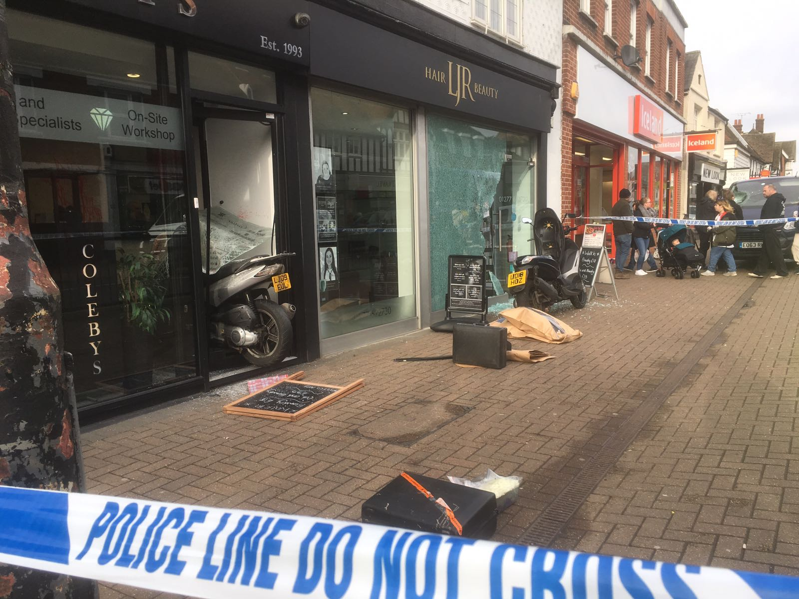 Two teens charged with aggravated burglary at Billericay jewellers