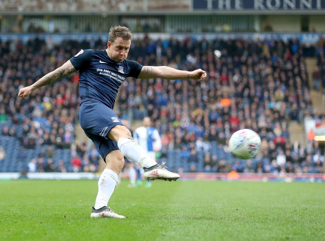 Looking for more goals - Southend United striker Simon Cox