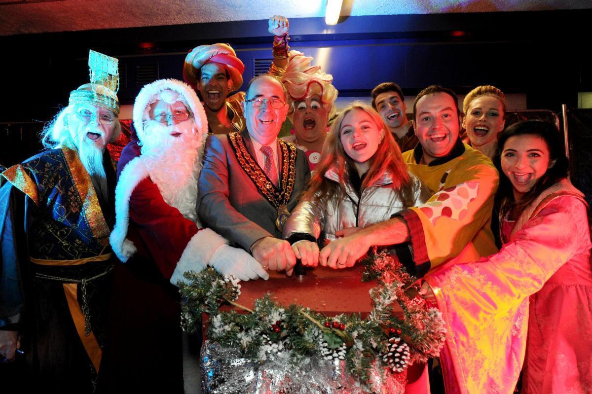 Christmas Switch.Bah Humbug No Christmas Lights Switch On For Basildon Echo