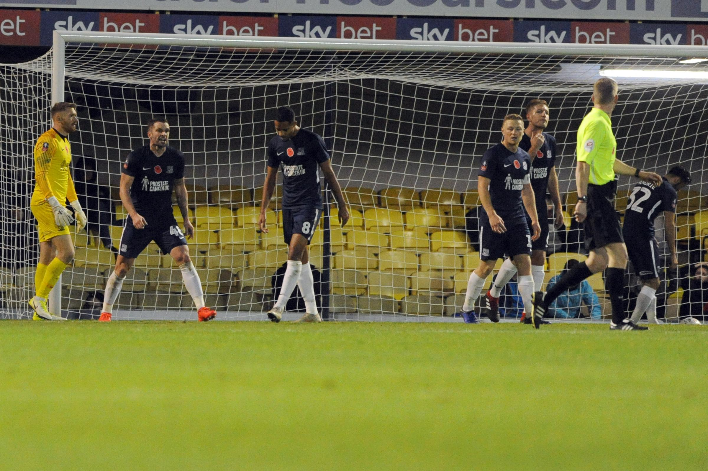 Showing their frustration - Southend United's players show their anguish after John White's late own goal